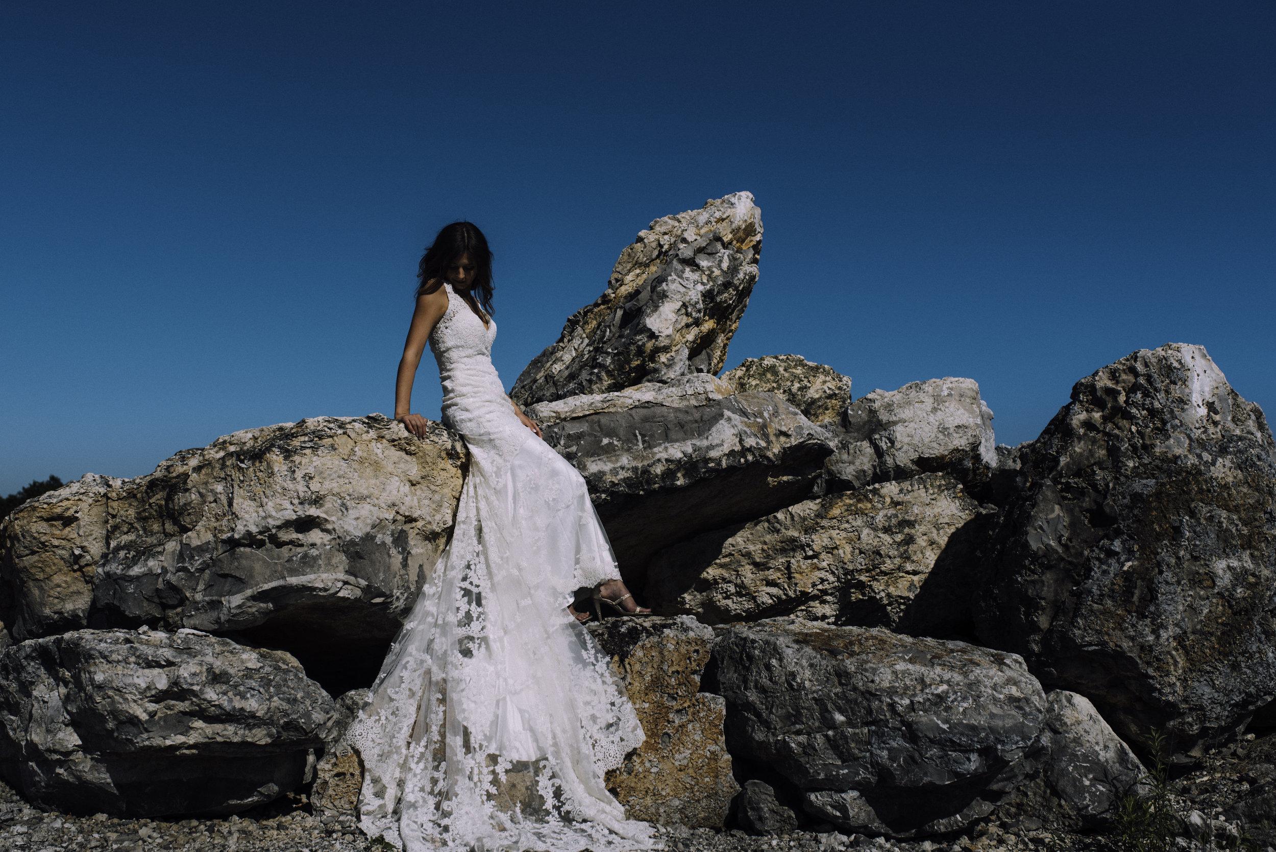 Katelyn.Maestri.Bridals.©2017.TheStirewalts-162.jpg