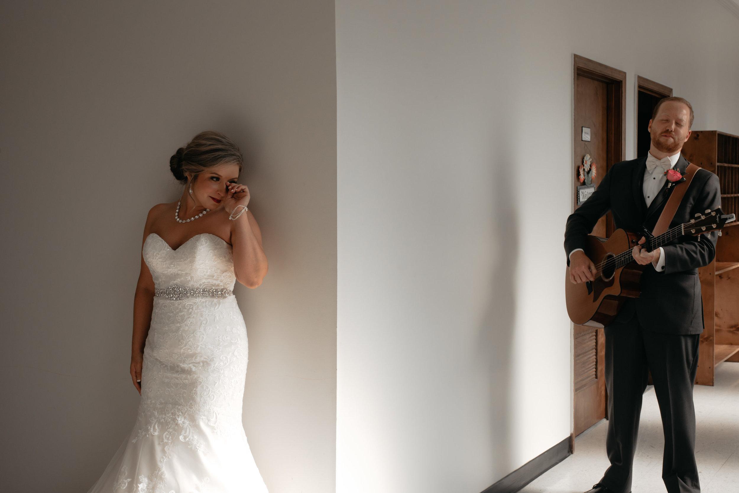 Lyndi.Hunter.Wedding.Day.©2017.TheStirewalts.Photography.LLC-365.jpg