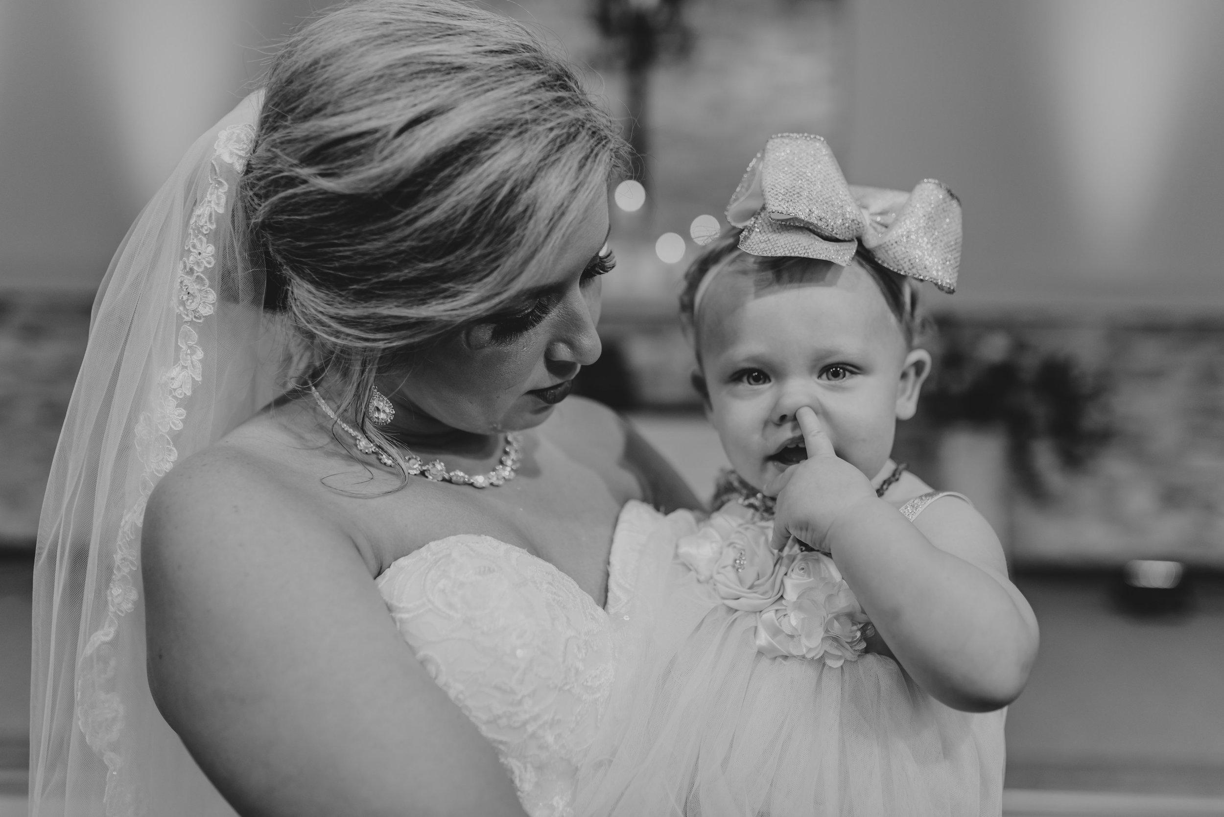 Lyndi.Hunter.Wedding.Day.©2017.TheStirewalts.Photography.LLC-727.jpg