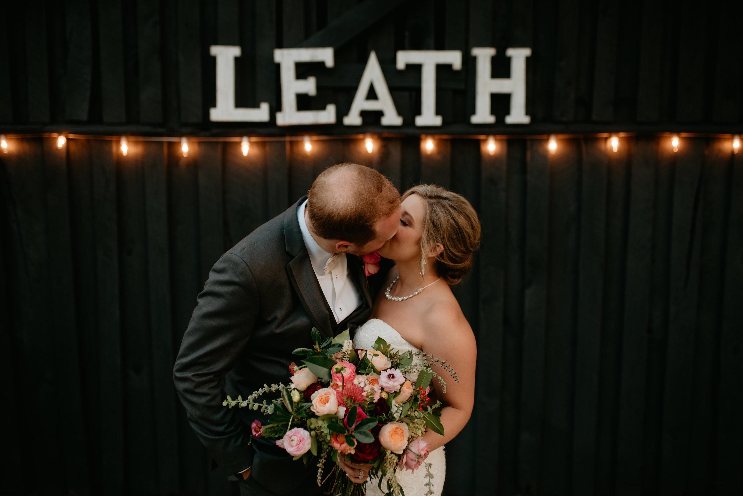 Lyndi.Hunter.Wedding.Day.©2017.TheStirewalts.Photography.LLC-830.jpg