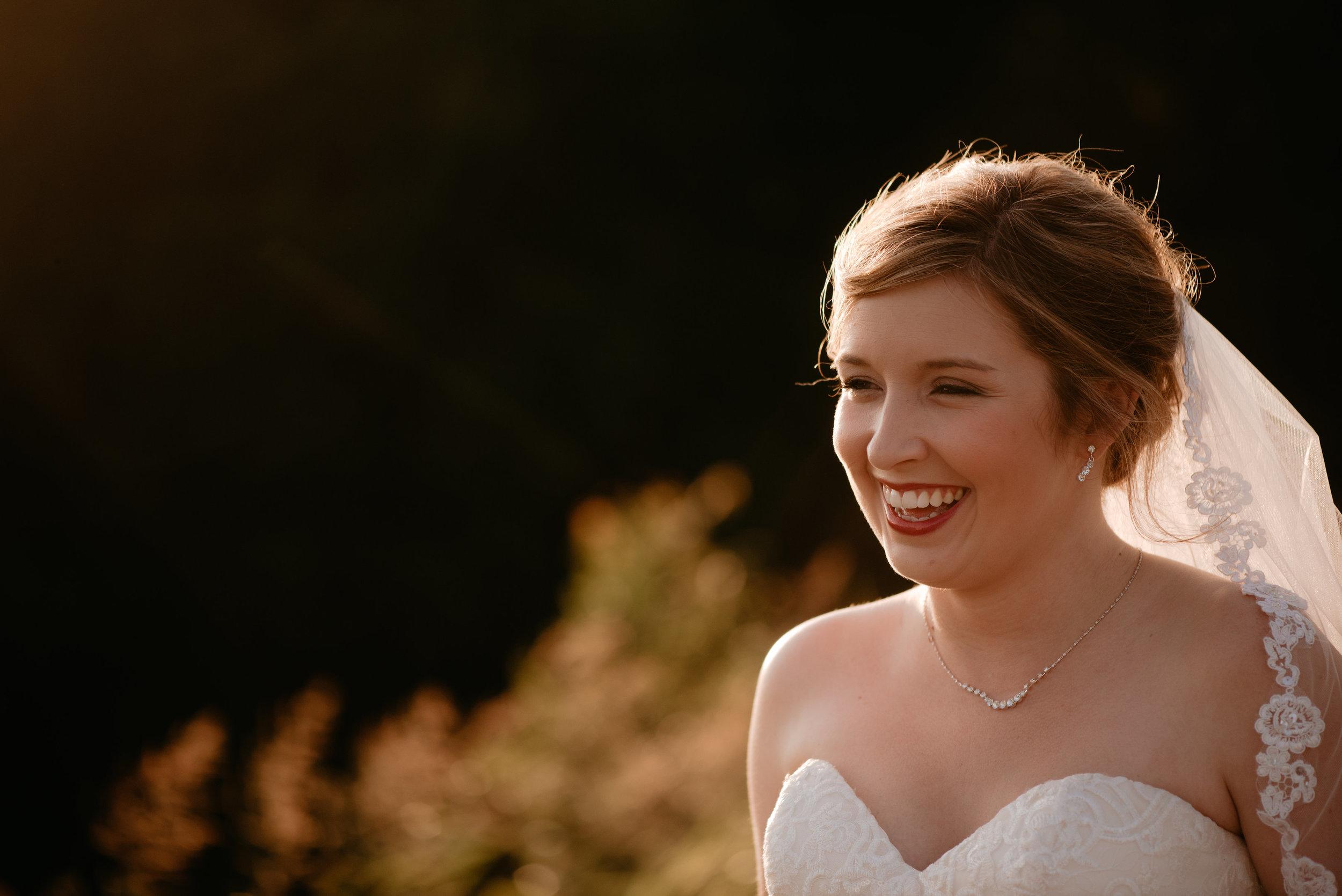 Lyndi.mabry.bridal.2017.TheStirewalts-100.jpg