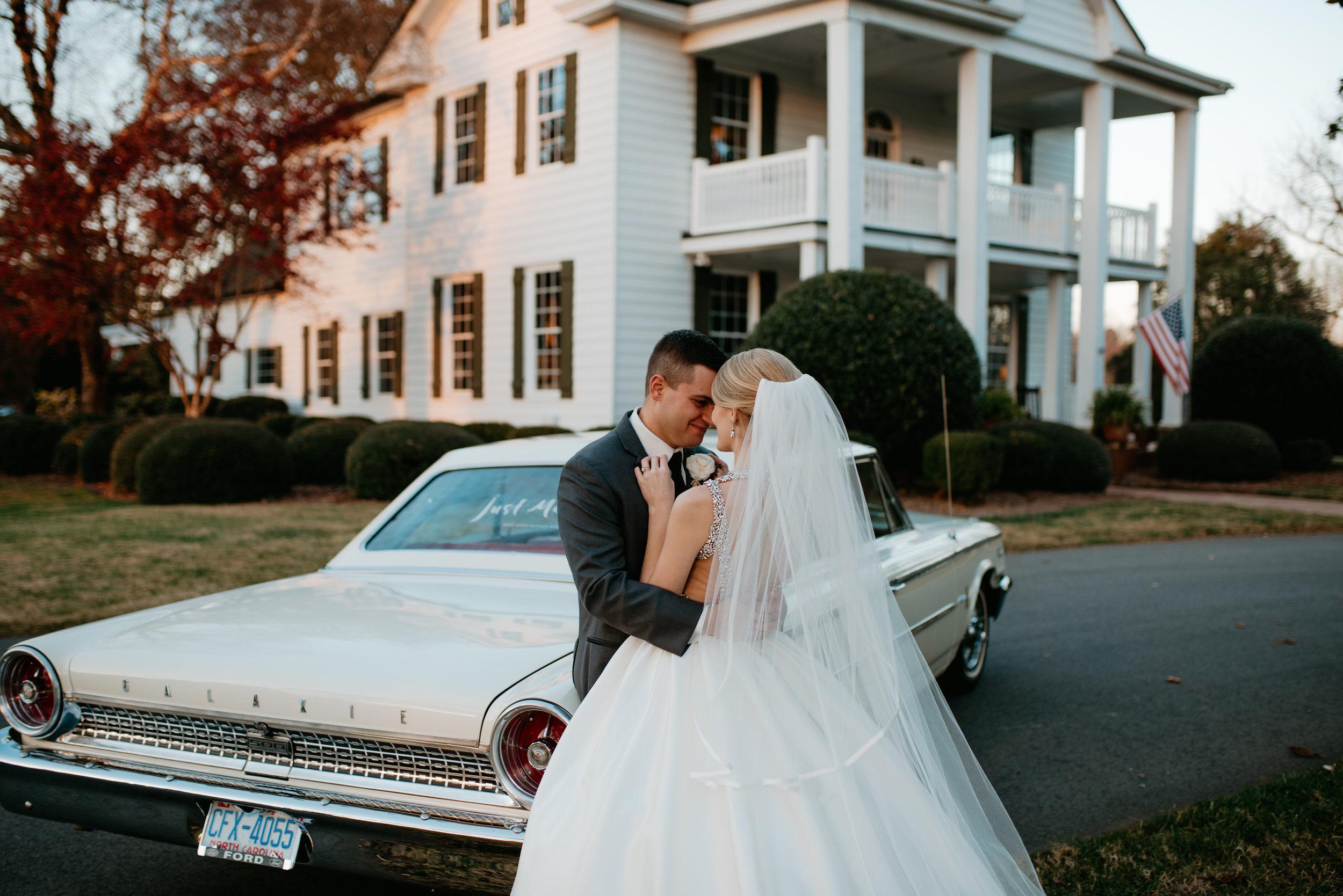 Kayla.Josh.Wedding.2017©TheStirewalts.photography.llc-440.jpg