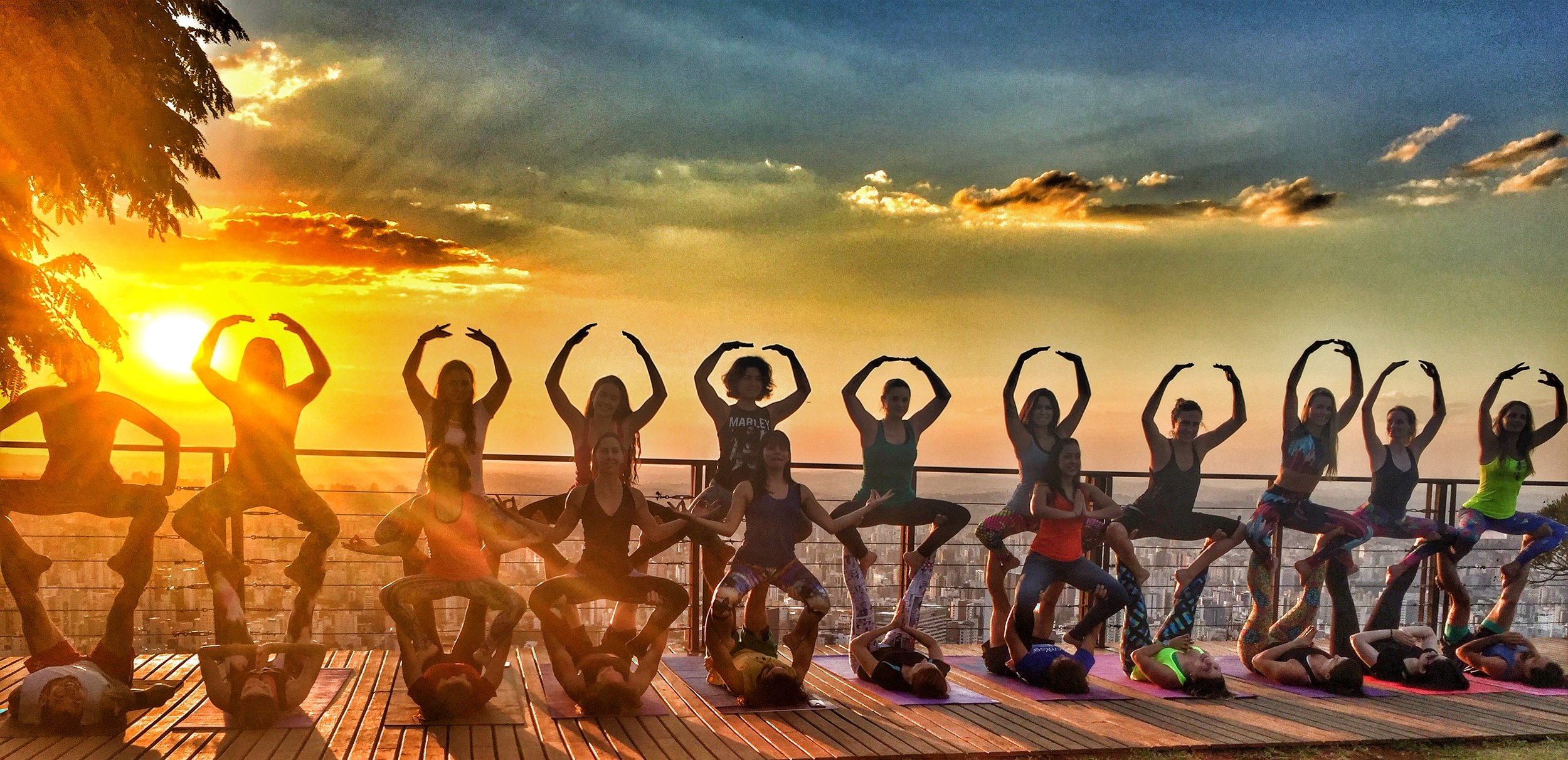 AcroYoga by the Sunset 2