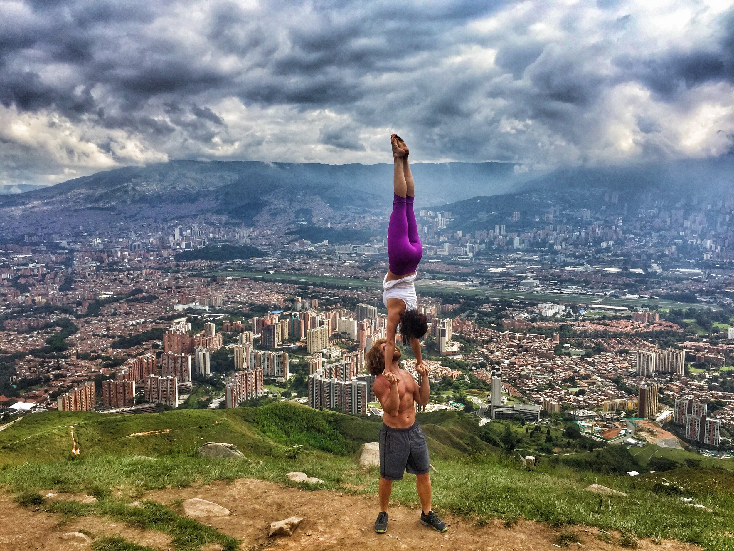 AcroYoga in the City 4