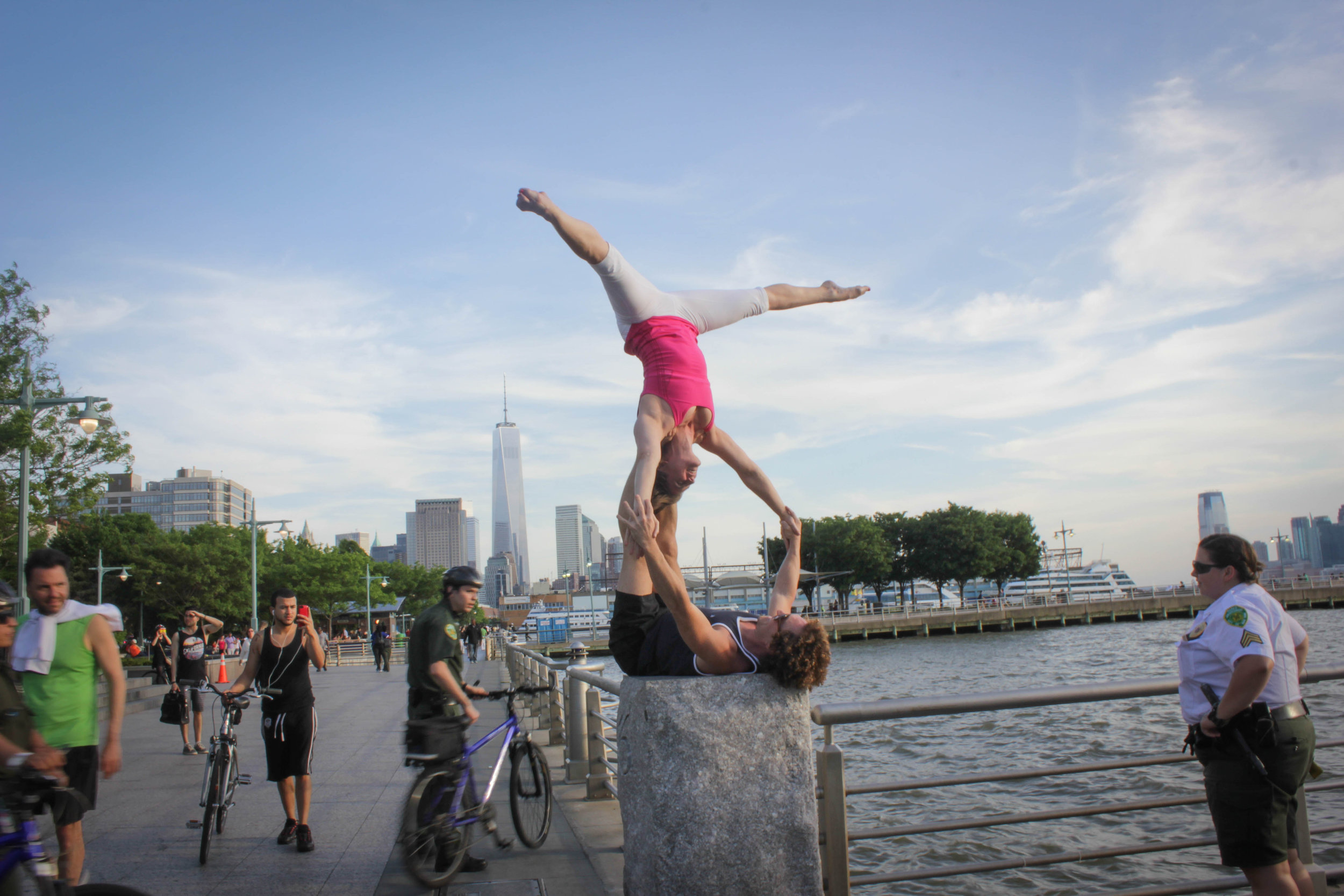 AcroYoga in the City 5