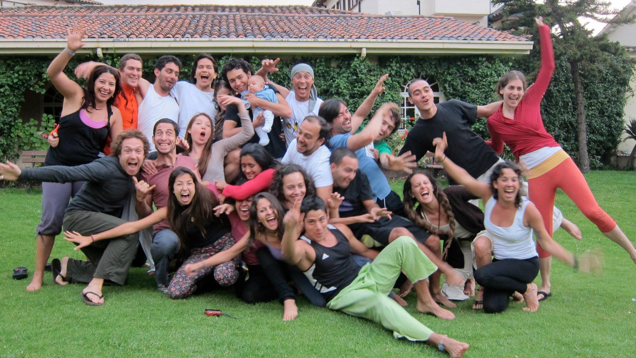 Bogota AcroYoga Inmersión General Feb 2012