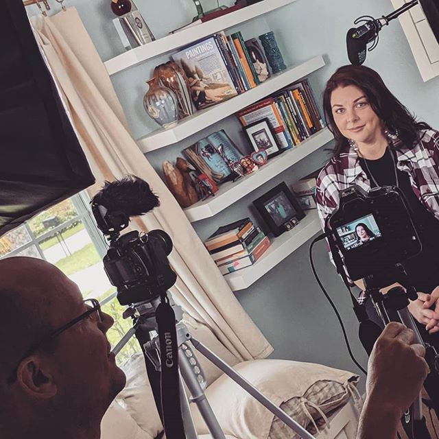 I did a thing today.  I'll drop more details soon.  #thisgirlisonfire #eyeonart #documentary #dreambig #oncamerainterview #aliceabsolutely #professionalartist #emergingartist #floridaartist #abstractemotionalism #abstractexpressionism #videoproduction #behindthescenes