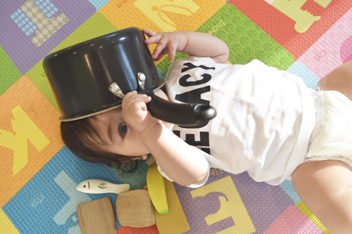 sensory-play-for-babies-infant-sensory-play-002.jpg