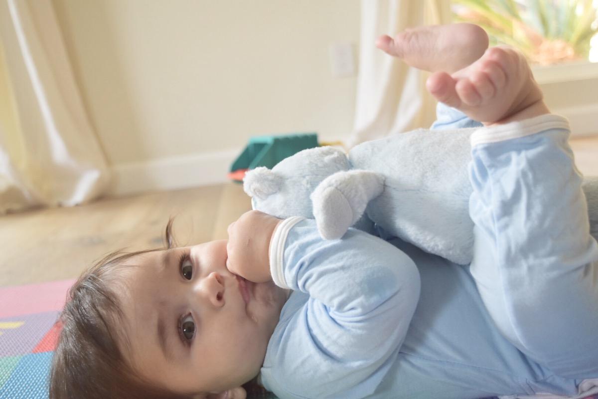 sensory-play-for-babies-infant-sensory-play-005.jpg