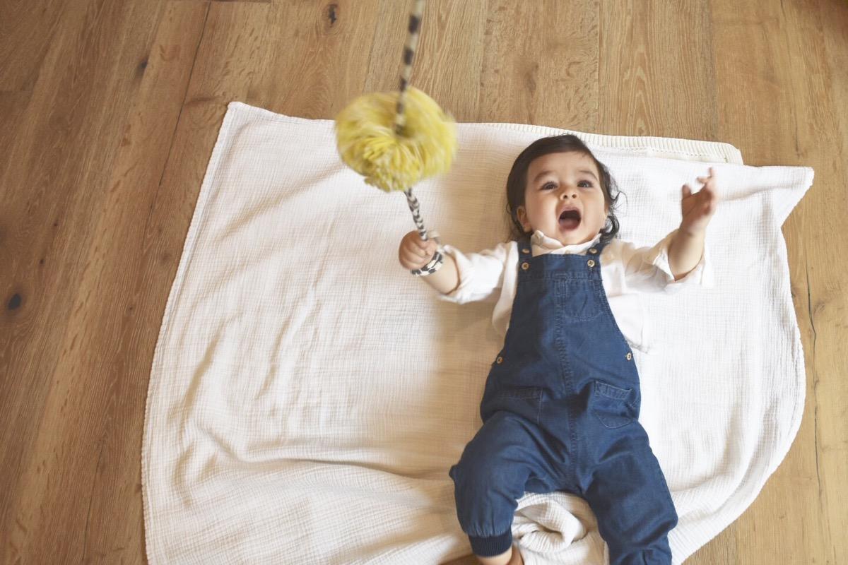 sensory-play-for-babies-infant-sensory-play-007.jpg