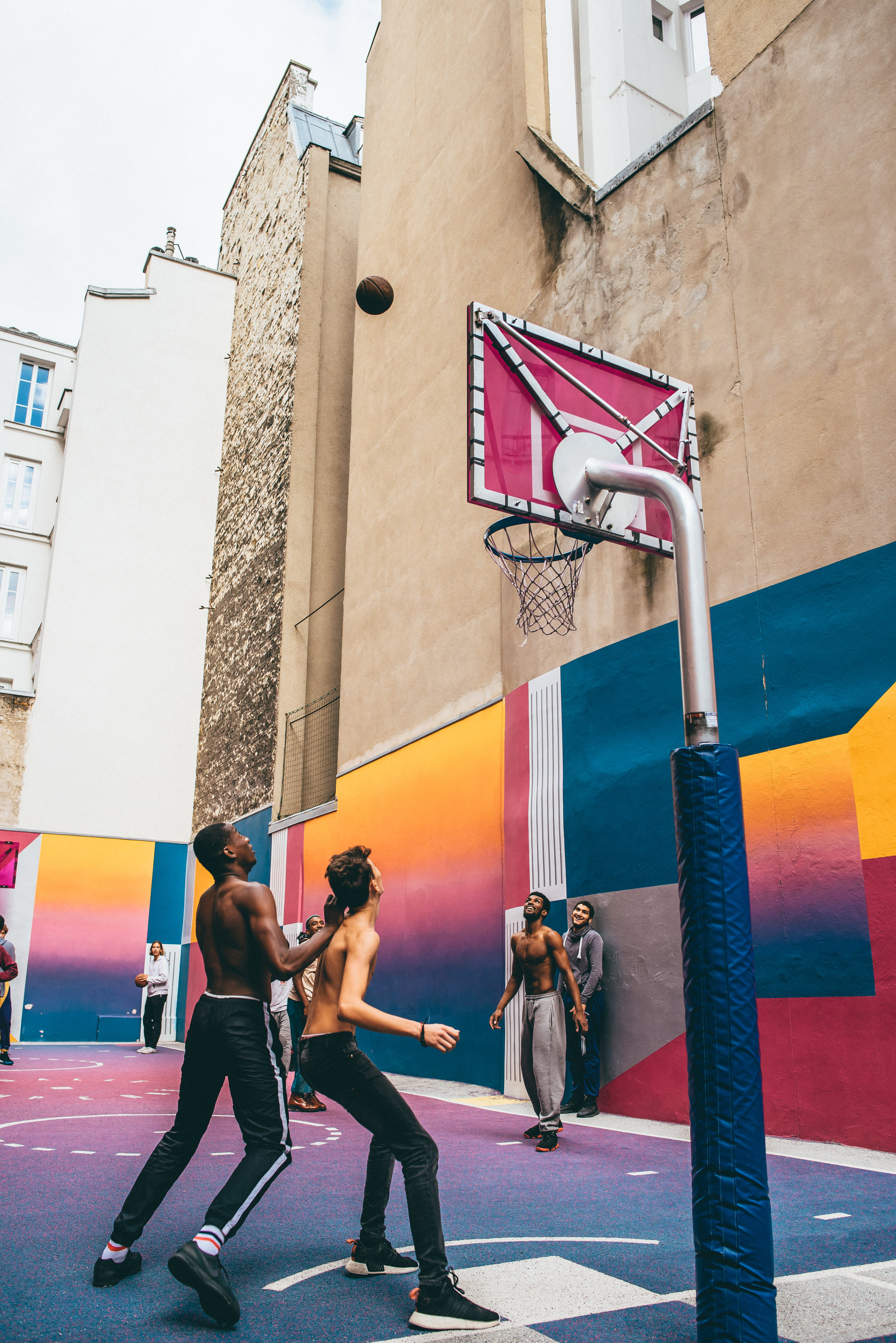 PLACES (25.10)   places/paris