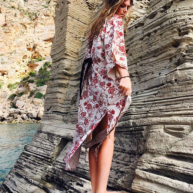 Sunny days ➕kimono -now available- 🔻  #kimono #fashionshoot