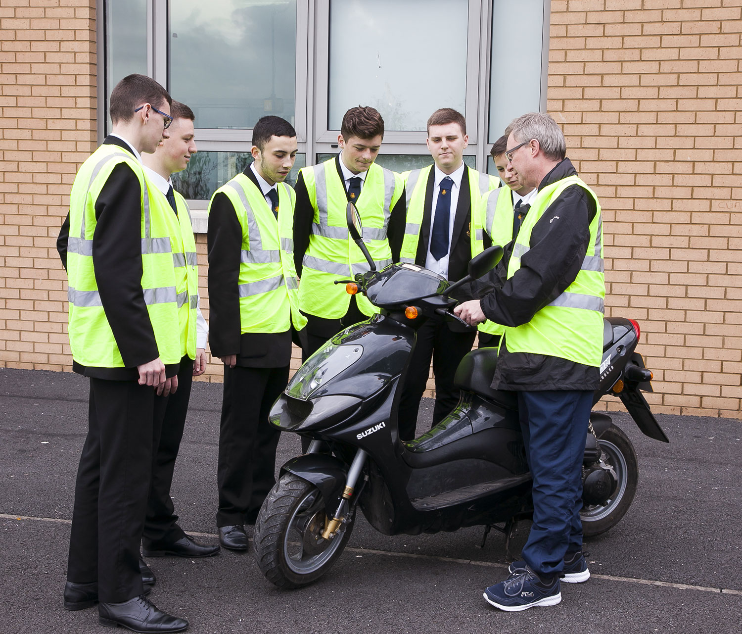 Students-Moped-1540.jpg