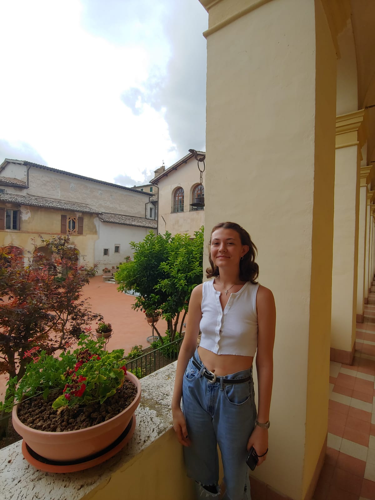 """Elinka- Visual Arts    1) How have you been inspired here in Italy? """"The churches and the way the colors accentuate different parts of the portraits.""""    2) What artist are you interested in as of now? """"Willem Dekooning.""""    3) What is your favorite food/pasta here in Italy? """"Pizza."""""""