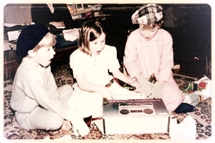 Canteen founder, Deborah Irvine Anderson, (centre) discovers the best Christmas gift ever.