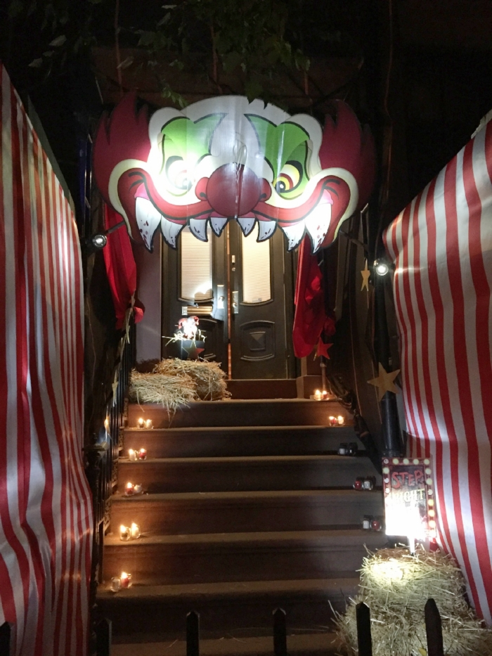 carnevil clown entrance.JPG