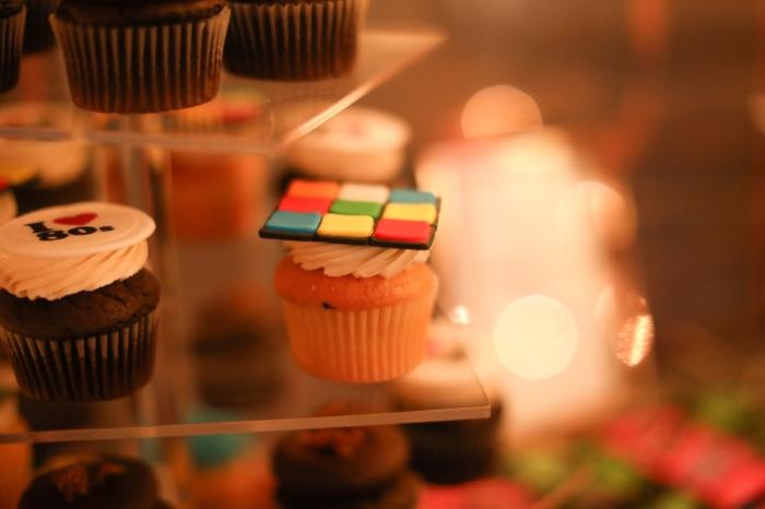 rubix cube cupcake.jpg