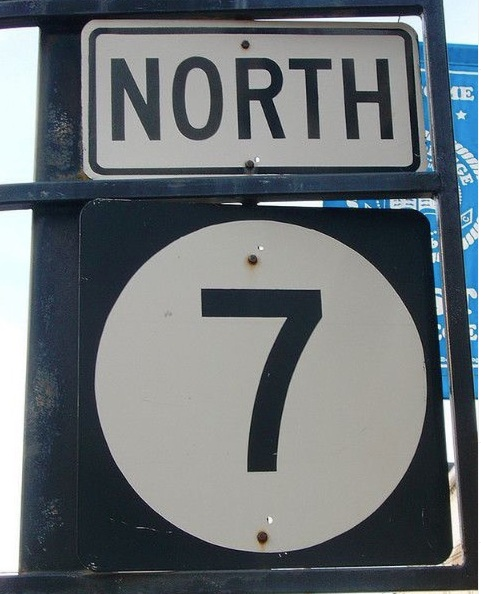 North 7 road sign