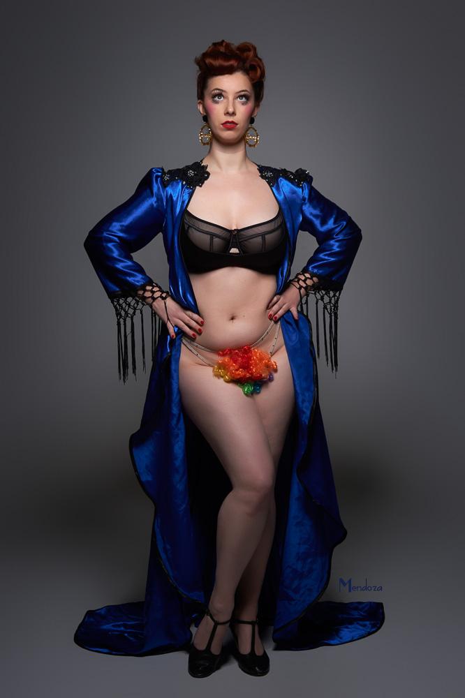 Valerie Savage by Retro Photo Studio