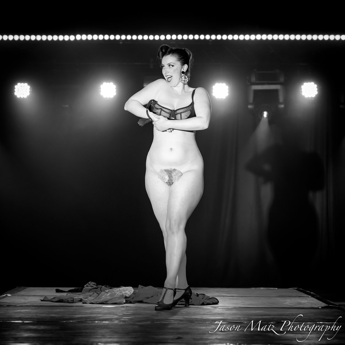 Valerie Savage - Send in the Clowns @ Cabaret Royalty Perth 2018