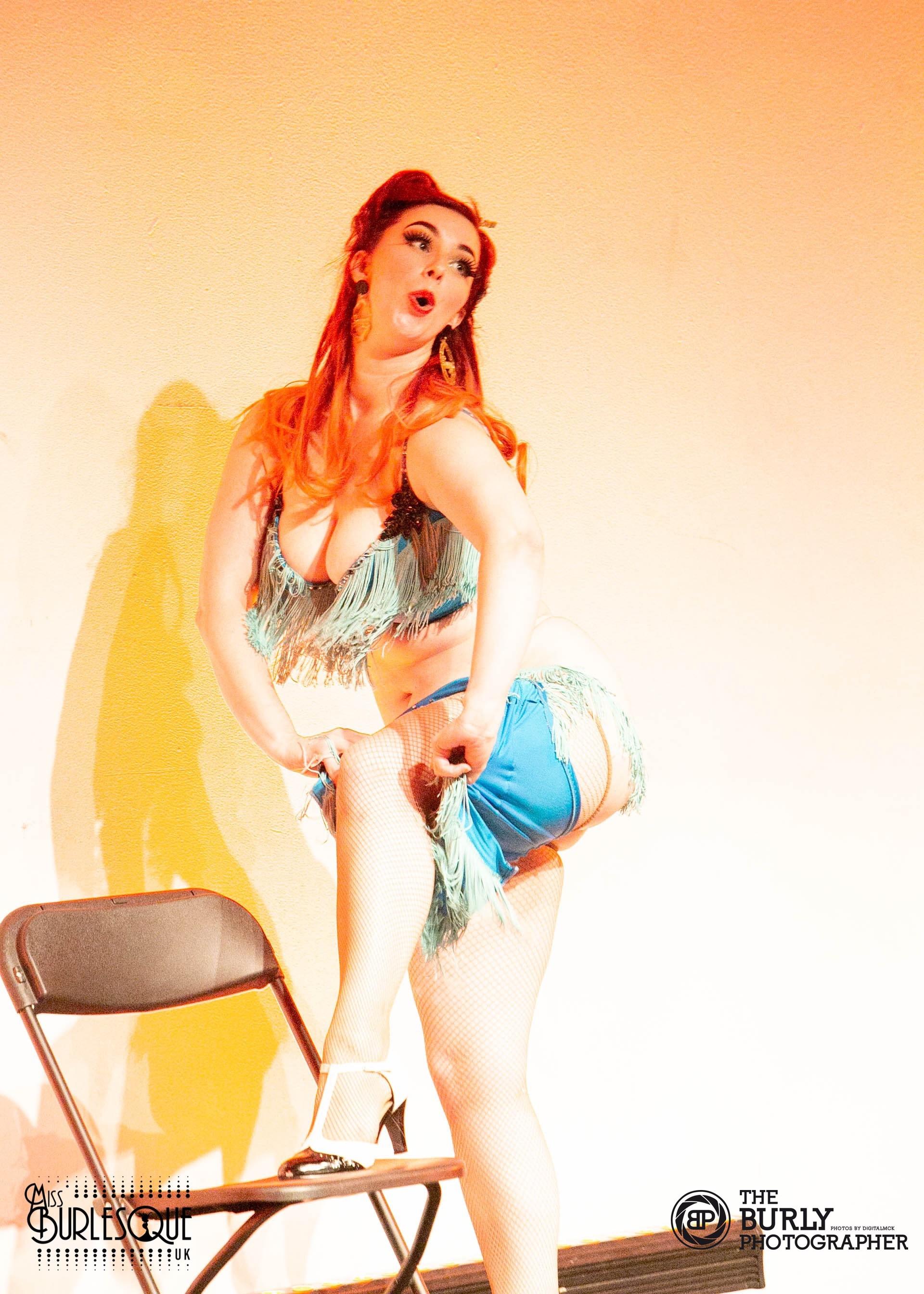 Valerie Savage - Show Off
