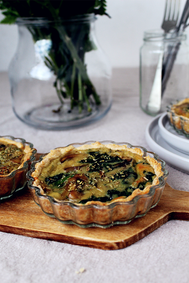 Mushrooms and spinach quiches