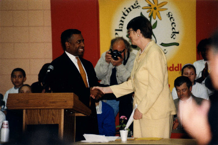 US Attorney General Janet Reno visited the Hawthorne Huddle on April 21, 1999.  Photo courtesy of the General Mills Archives.