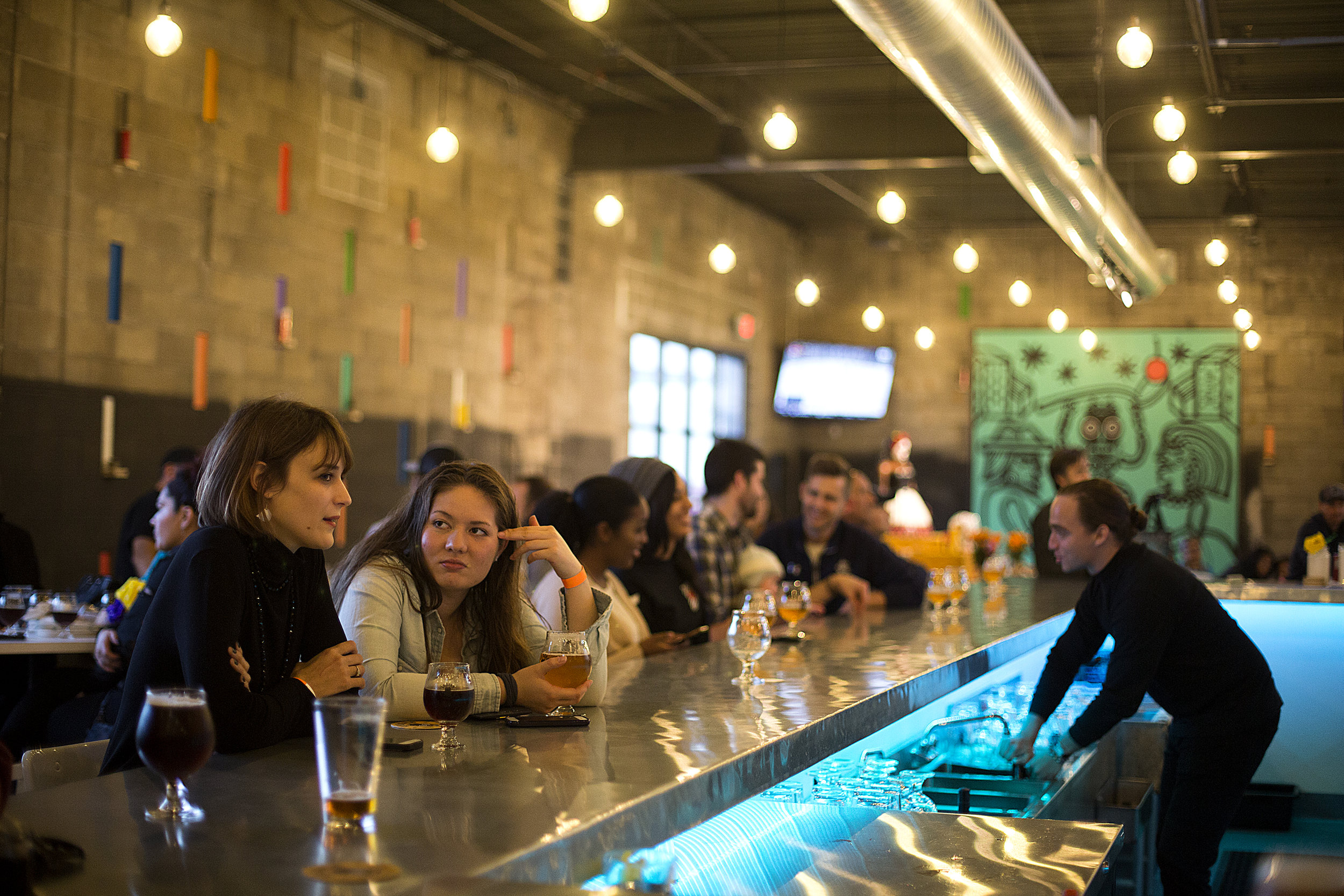 The taproom at La Dõna Cerveceria was bustling just a few weeks after a soft opening of the North Minneapolis brewery.