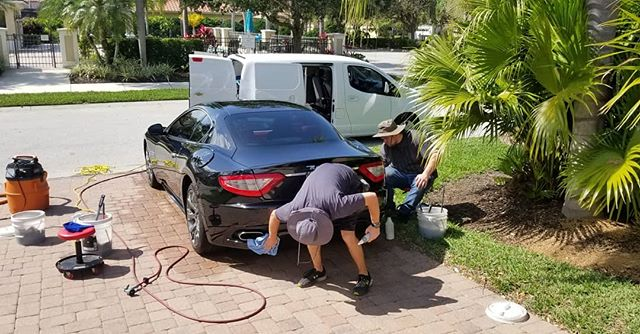 😍 What a beautiful day to work on this beautiful #Maserati #GranTurismo. Any day we get to take a dirty car and make it clean again is a good day! This GT received our Platinum package, and she's back to turning heads 👀. Schedule your appointment today at www.dsmobiledetailing.com, or call us at 941-900-5890.
