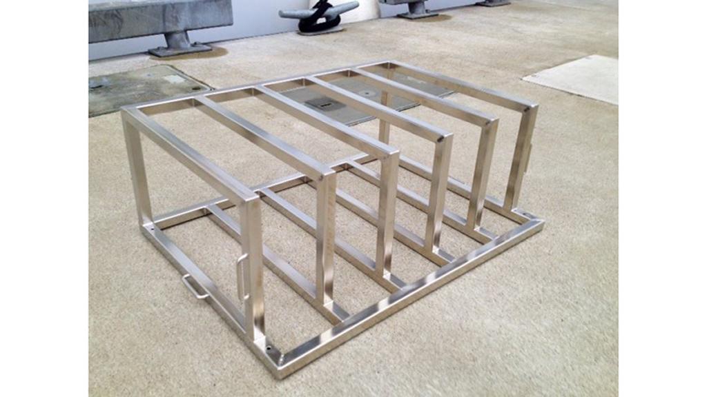 Battery rack stainless steel Pilothouse S3 Maritime.jpg