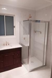 Deakin+Bathroom+Thumbanil.JPG