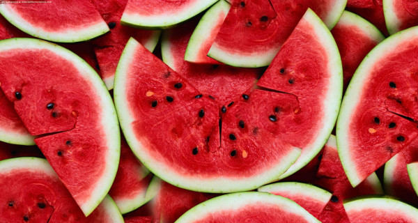 Slices of watermelon (Source: hairshots )