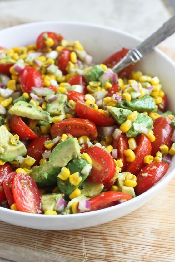 Avocado tomato corn salad (Source: bakeyourday )