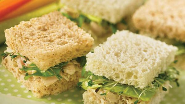Tuna sandwiches (Source: oprah )
