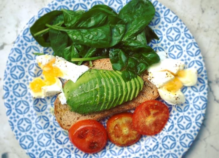 avocado on toast katja-grasinger-508687-unsplash.jpg