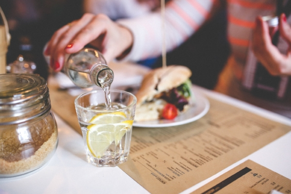 water diner-dinner-drinking-6216 (1).jpg