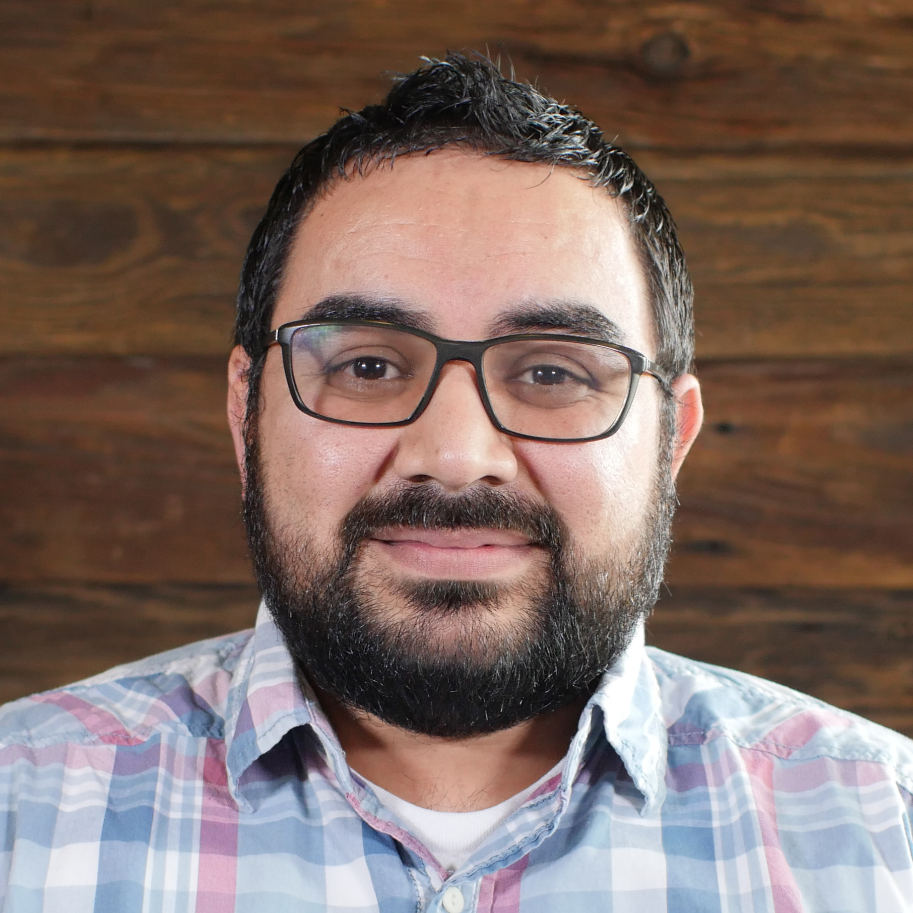 Israel Muñoz | Hispanic Ministry Pastor    Sonrise en Español