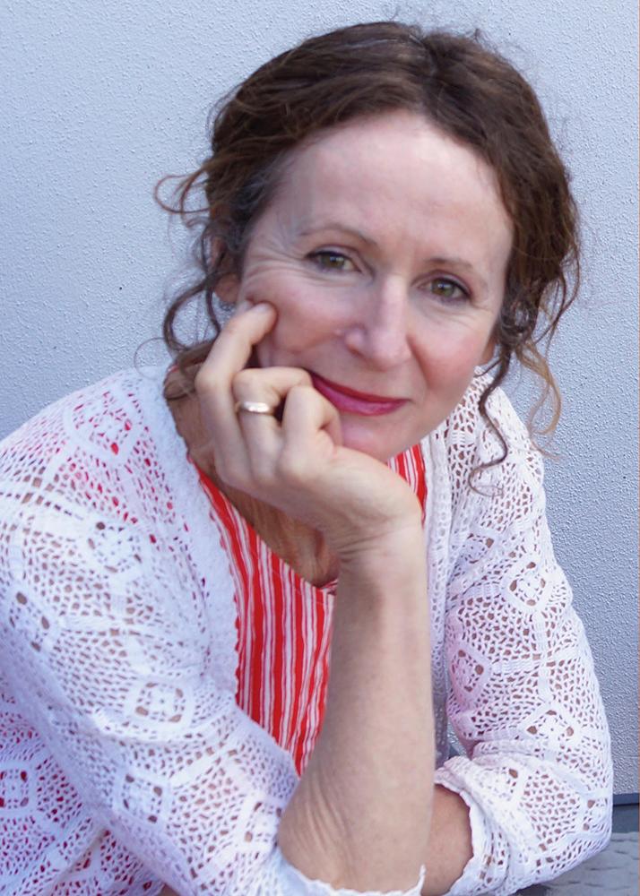 Susanna Andrew 1.jpg