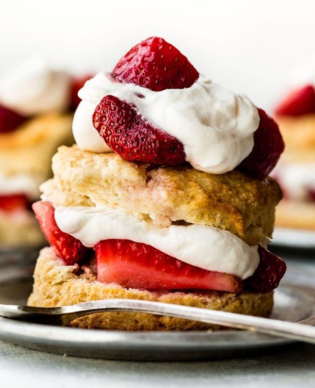 Happy National Strawberry Shortcake Day!  We love this recipe by Sally's Baking Addiction!⠀ ⠀ PC:  @sallysbakeblog⠀ .⠀ .⠀ .⠀ .⠀ .⠀ #culinaryarts #culinary #food #foodie #chef #strawberries #inthekitchen #homechef #cookinglife #foodphotography #culinaryschool #cheflife #foodies #foodblogger #culinarytalents #cooking #foodart #lifestyle #cuisine #kitchengadgets #productdesign #kitchentools #kitchenstuff ⠀