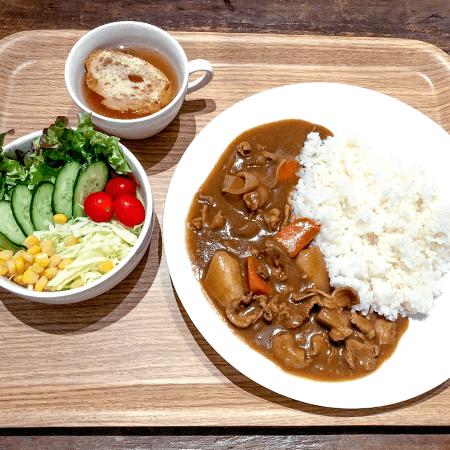 1. つばめの特製カレー  ¥1,000
