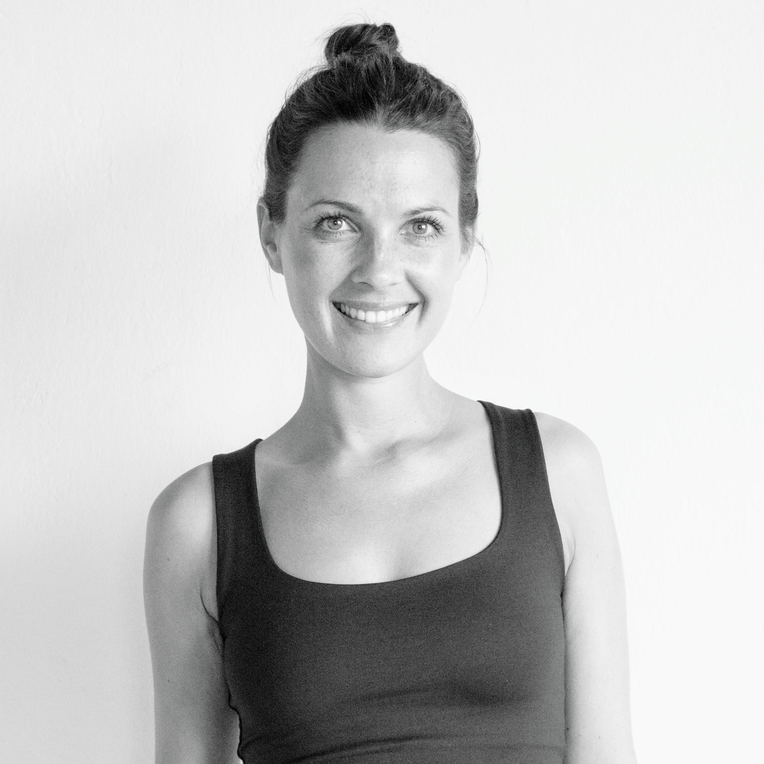 Marina Wolf - Teacher YOGA (EN/DE)CERTIFICATIONS:• 200H Y4ALL Yoga Certificate• 100H Y4ALL Advanced Yoga Certificate• E-RYT 200