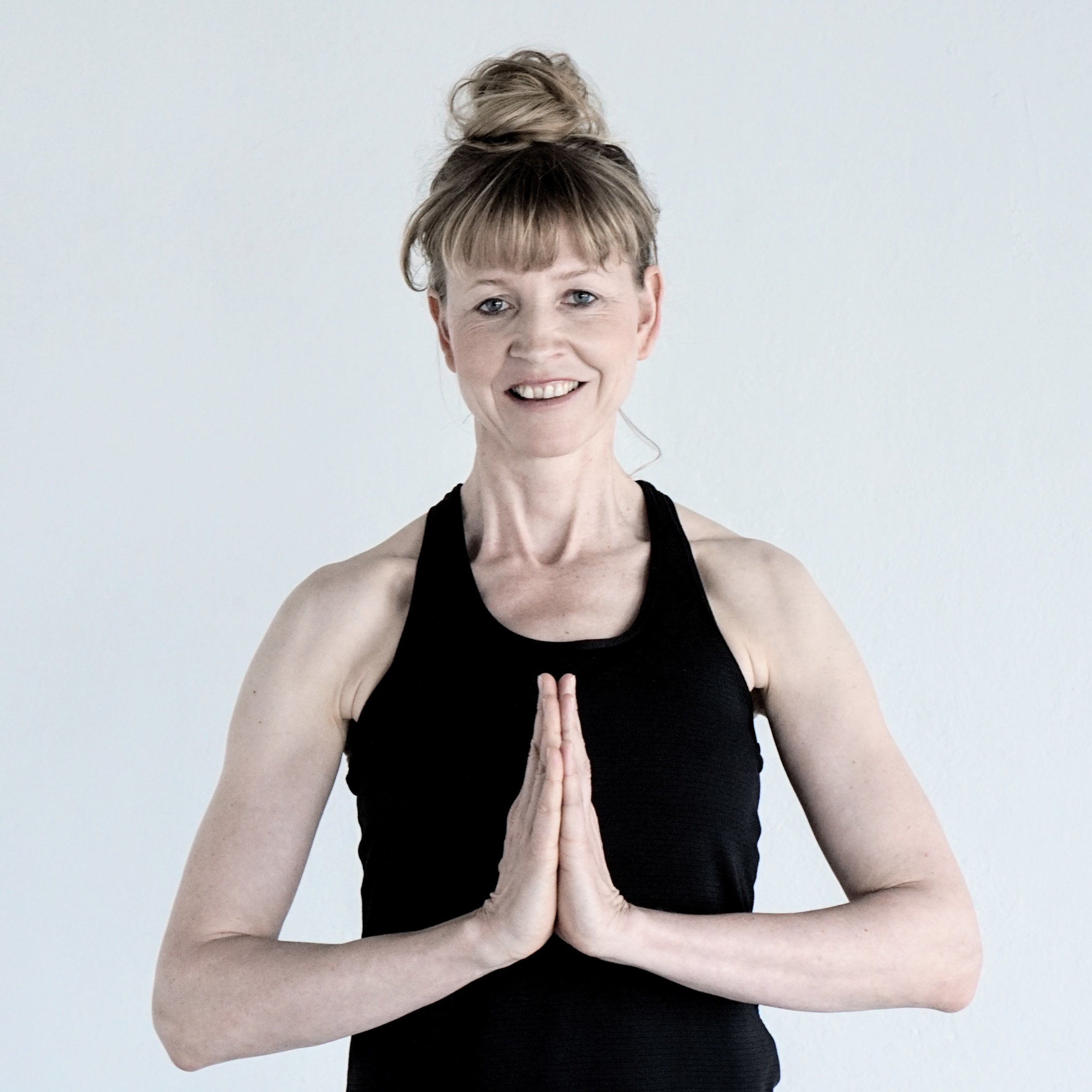Juliane Kappel - Teacher YOGA (EN/DE)CERTIFICATIONS:• 200H Y4ALL Yoga Certificate• 100H Y4ALL Advanced Yoga Certificate• E-RYT 200