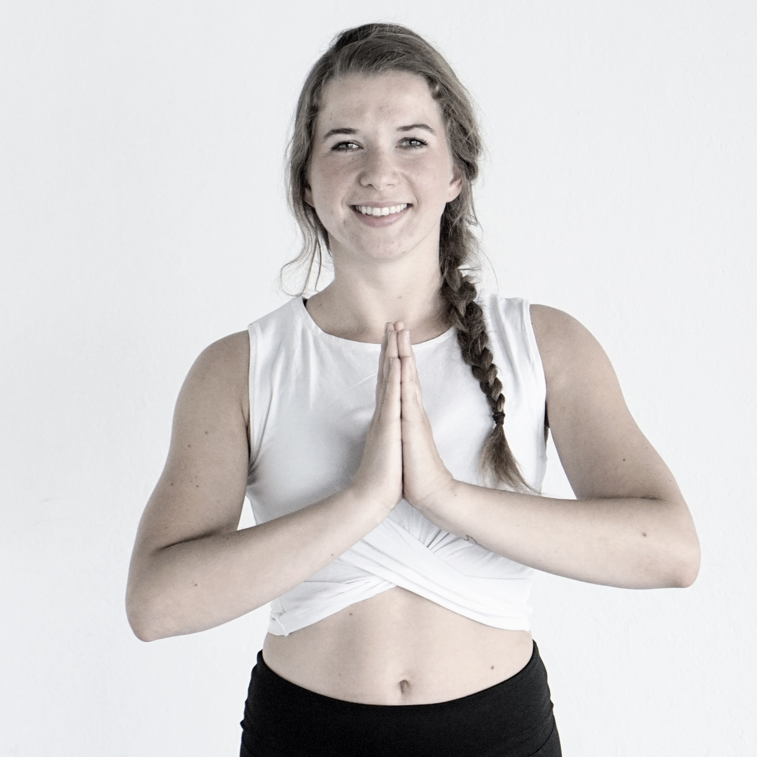 Katja Czieselsky - Teacher YOGA (EN/DE)CERTIFICATIONS:• 200H Y4ALL Yoga Certificate• 100H Y4ALL Advanced Yoga Certificate• E-RYT 200