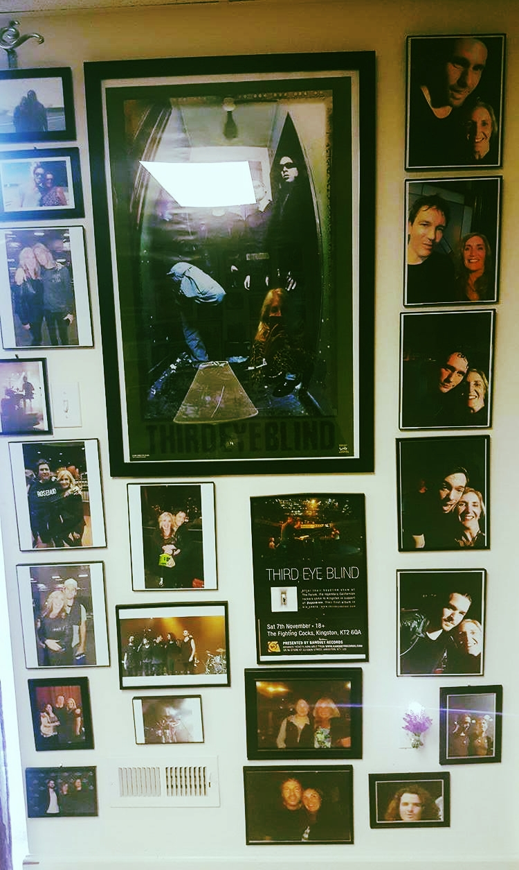 Third Eye Blind Wall of Fame, Donna Smits Home