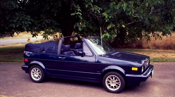 1991_volkswagen_cabriolet_2_dr_std_convertible-pic-2593-1600x1200.jpeg