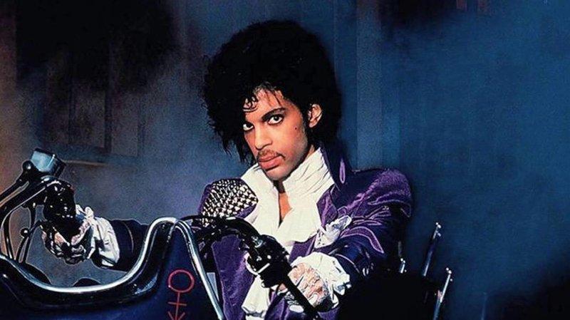 prince-purple-rain_wide-9e4c5c92b0580c5b17b5fbf6b156f618c3144294-s800-c85.jpg
