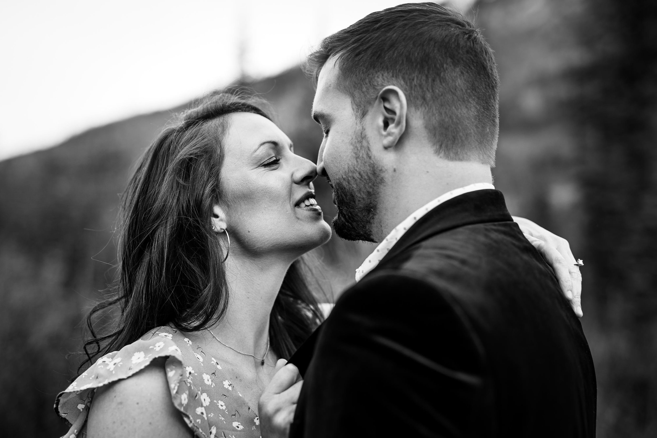 Colorado_Ghost_Town_Engagement_Session-4.jpg