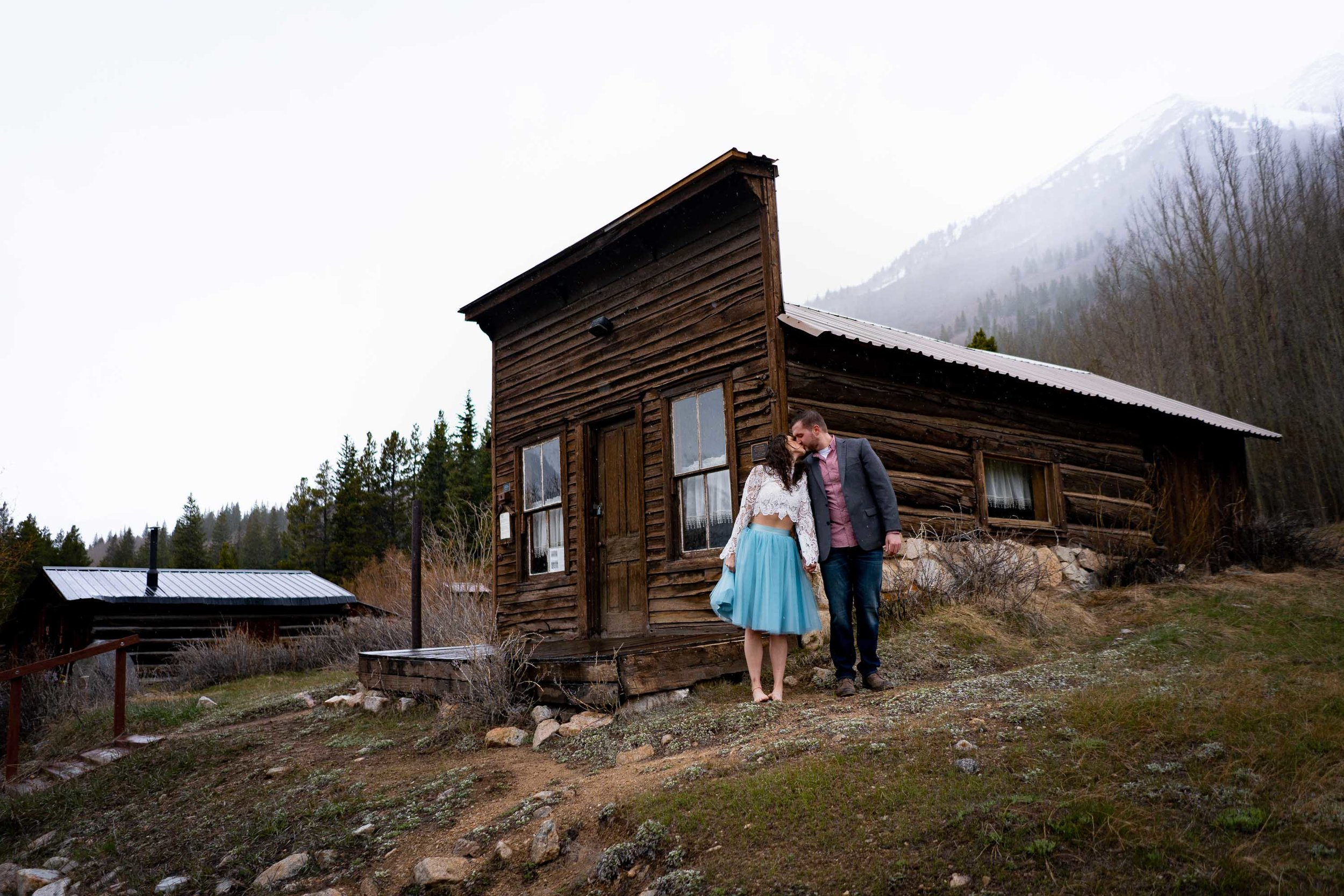 Colorado_Ghost_Town_Engagement_Session-28.jpg