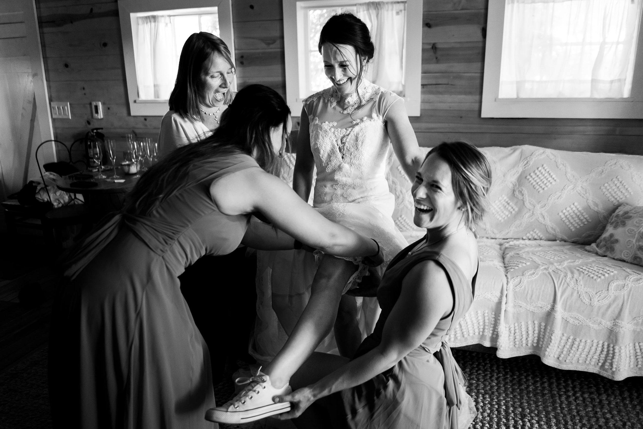 Rist_Canyon_Inn_Laporte_Wedding-44.jpg