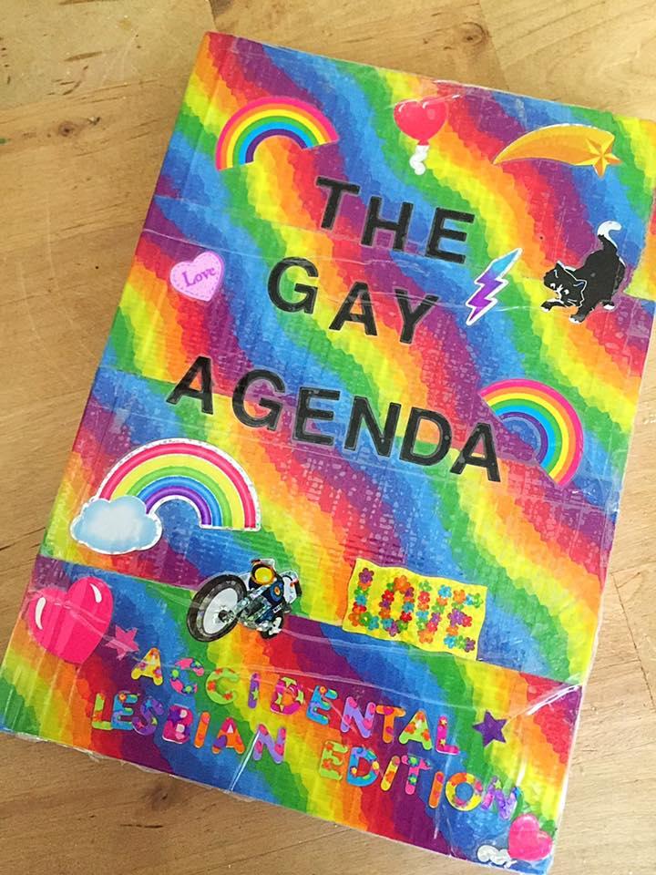 """""""Accidental Lesbian Edition"""""""